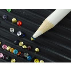 crayon cueillette de perles et strass